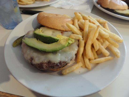 Titusville, NJ: Alex's Burger