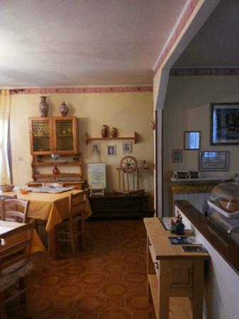 B&B Al Larice: Confine tra salotto e area cucina