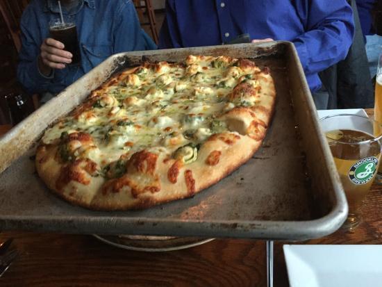 Ducali: Ravioli Pizza
