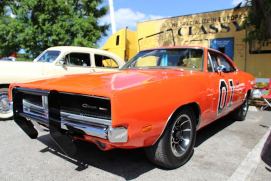 General Lee Picture Of Old Town Kissimmee TripAdvisor - Kissimmee car show saturday