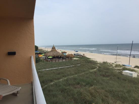 Buccaneer Inn : View of Blue Parrot from our deluxe gulf view room.