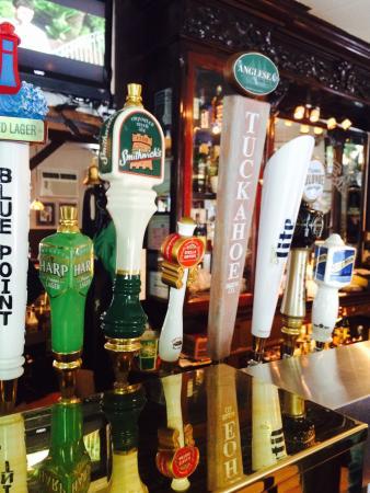 Anglesea Pub: Nice Beers!