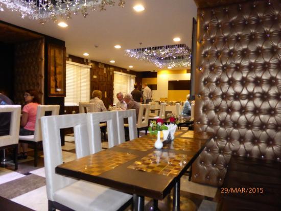 Taj Princess Hotel: Restaurant