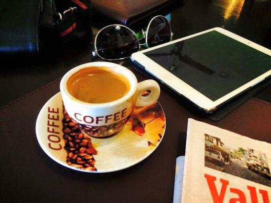 Kubli's Cafe Bistro: photo0.jpg