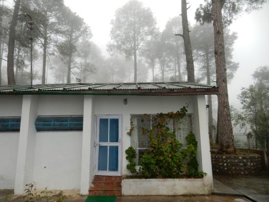 KMVN Tourist Rest House Trishul