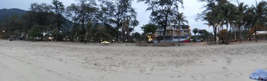 Phuket Graceland Resort & Spa: The hotel and beach