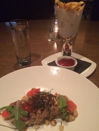 Simon Restaurant & Lounge : Atum