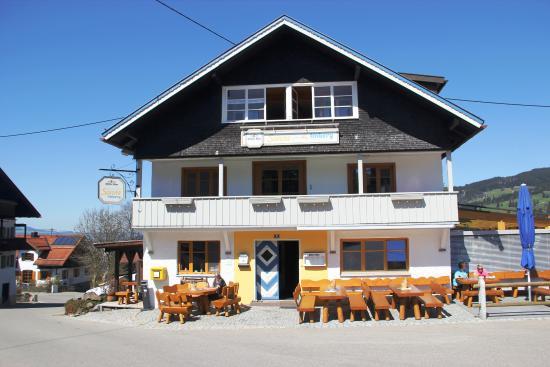 Berggasthof Sonne : gemütlicher Biergarten