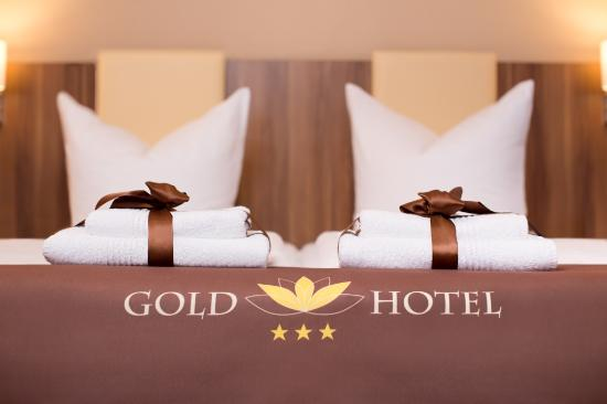 Gold Hotel