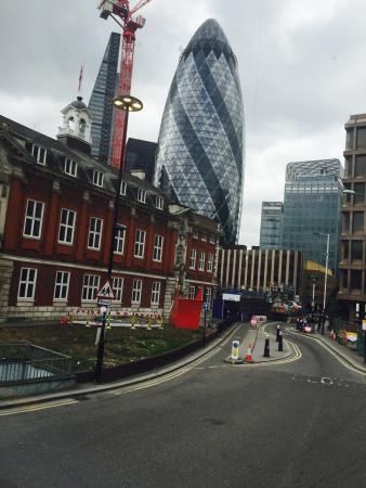 Whitechapel Road: Vue