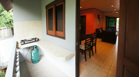 Chaweng Lakeview Residence : Miss Orange - 2 Bedroom Apartment