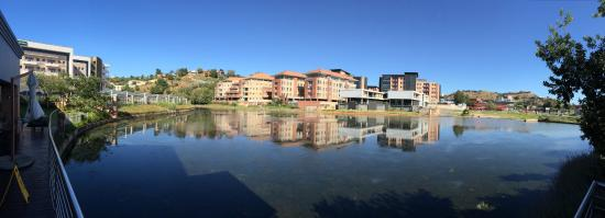 Town Lodge Roodepoort : view on the water
