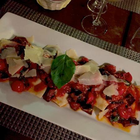 La Petite Vendee: Raviolis frais aux aubergines, un délice