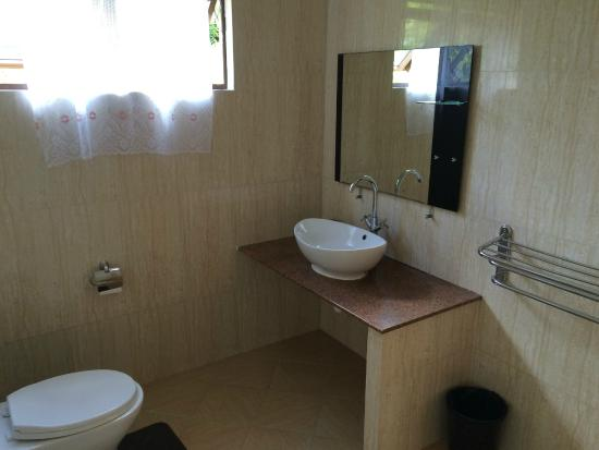 Rosemary's Guesthouse: BAGNO STANZA NR. 4