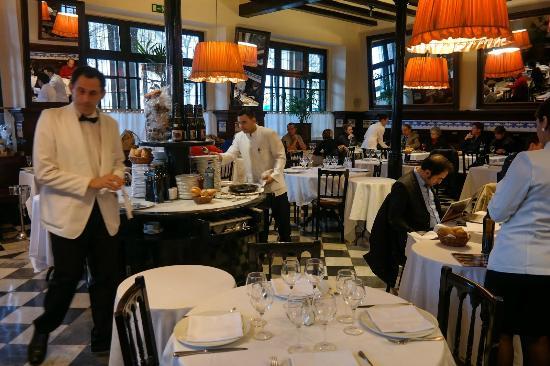Paella y pescado plancha picture of 7 portes barcelona for 7 portes barcelona menu