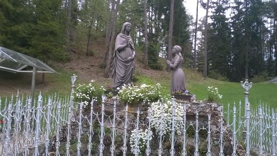 Santuario Madonna Di Pine