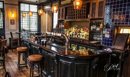 Prince Arthur : New Bar