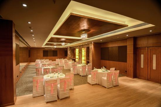 The Acacia Hotel Amp Spa Goa Candolim Reviews Photos