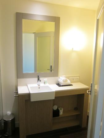 Mercure Portsea Golf Club and Resort: Bathroom1