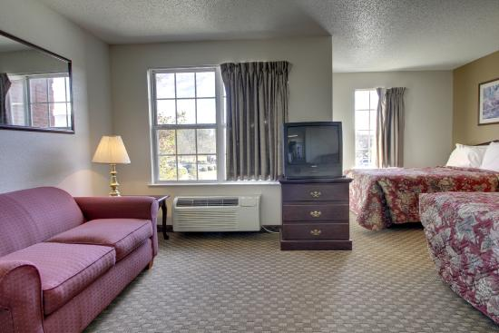 Greensboro Extended Stay Hotel : Spacious suites