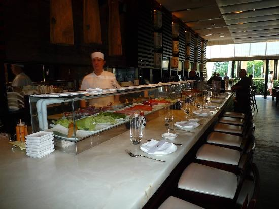 Toku Modern Asian: Great Sushi!
