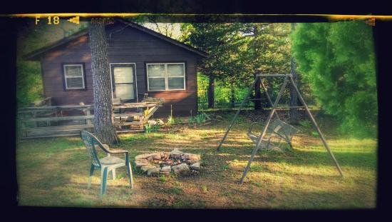 Rocking Chair Resort : Cabin 14
