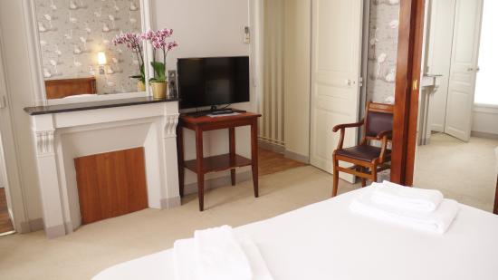 HotelHome Paris 16: Junior