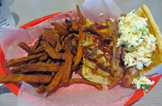 Memphis po 39 boy with the world 39 s best sweet potato fries for Soul fish memphis