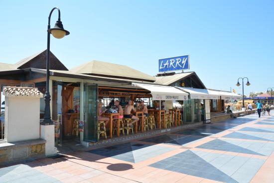 Resultado de imagen de restaurante chiringuito larry