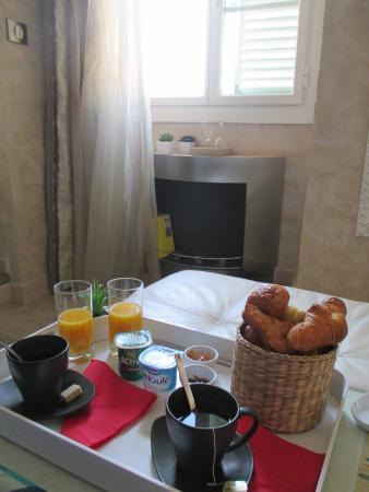Le Dortoir : Breakfast :)