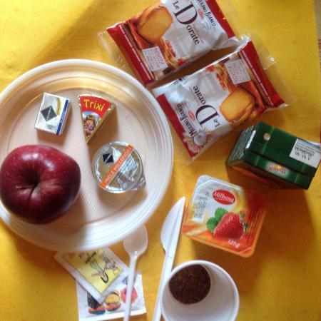 Hotel Emmy : The breakfast