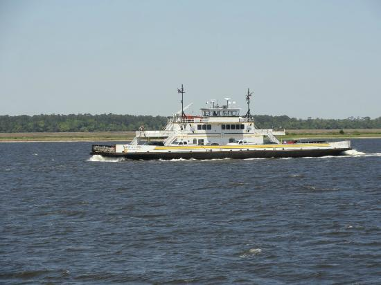 Southport Marina: Ferry for Southport / Fort Fisher
