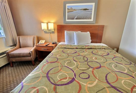 Chesapeake I-64 Extended Stay Hotel