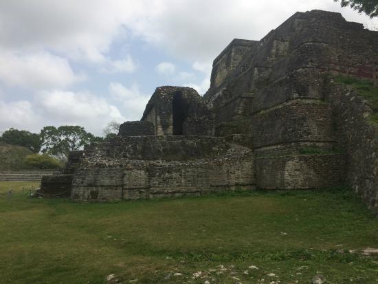 NCQ Belize Adventure Tours : Temple of the Sun God