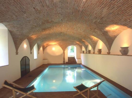 Agriturismo Antico Mulino dei Sibillini: Ottima piscina riscaldata!
