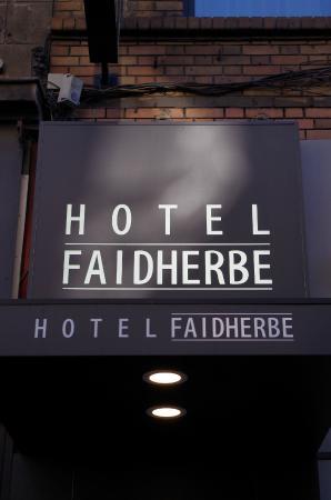 Hôtel Faidherbe : enseigne