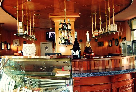 Il bar picture of bagno mistral tirrenia tripadvisor