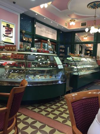 Szamos Museum Confectioner's - Szentendre : Wonderful place....👍🏻👍🏻