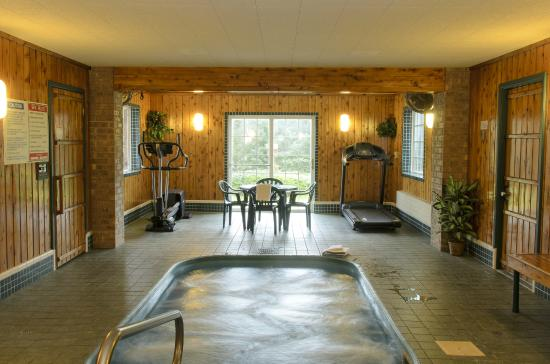 North Star Hotel – Pictured Rocks: Whirlpool/sauna/exercise machines