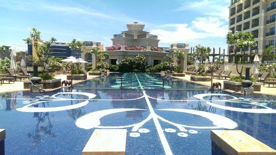 The Pool Picture Of The Leela Palace Chennai Chennai Madras Tripadvisor