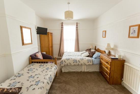 Southern Comfort Guest House: Room 5