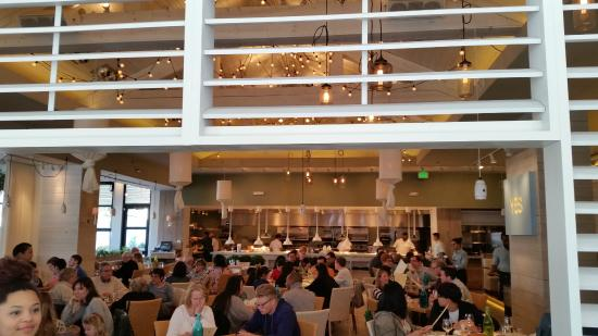 Summer House Santa Monica: Very Bright Place To Eat