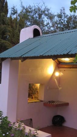 Koo Karoo Guest Lodge: Outside braai area