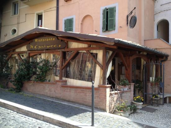Il Cantuccio: The entrance