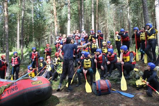 Heidal Rafting Day Trips : Pay attention to the guides