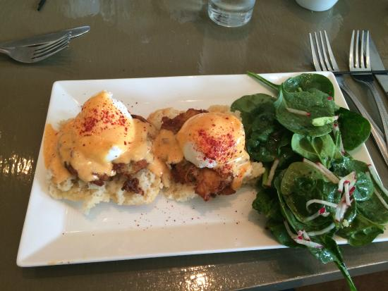 Alchemy : My delicious breakfast- crab cake benedict