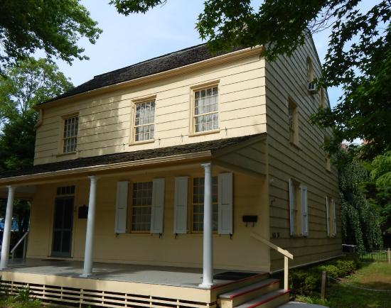 Queens Historical Society