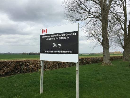 Welcome sign to Dury Canadian Battlefield Memorial