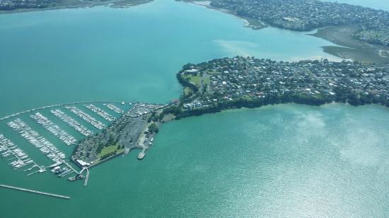 Остров Уаихеке, Новая Зеландия: Flight over Auckland CBD and Harbour