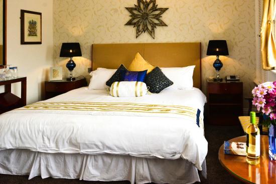 Pembroke Hotel: Langham Suite